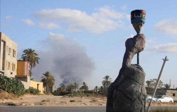 Libyan militias use social media for disinformation campaigns, weapons trade, and hunting critics